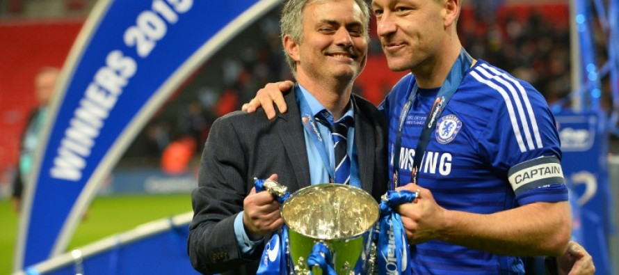 Terry backs Mourinho to be United success