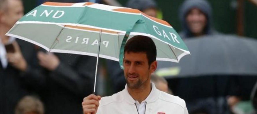 French Open organisers under fire after yet another wet day