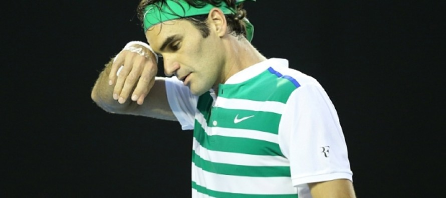 Federer withdraws from French Open, vows to fight on