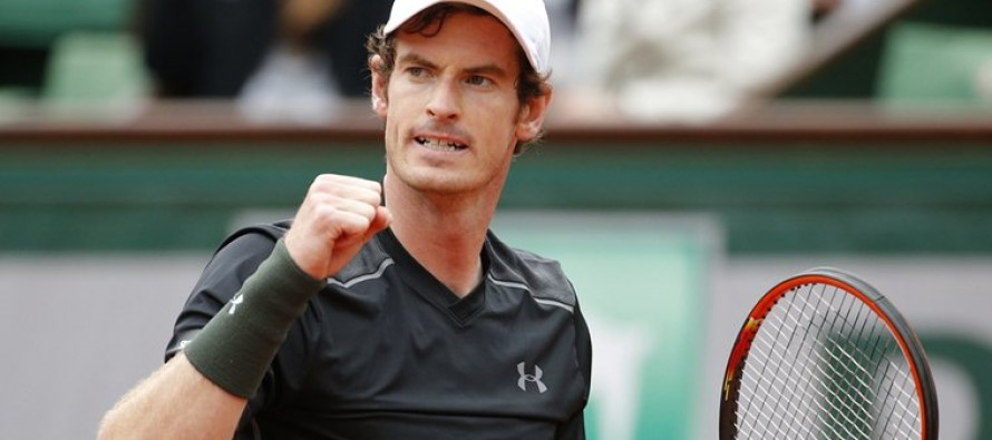 Murray completes recovery mission against Stepanek