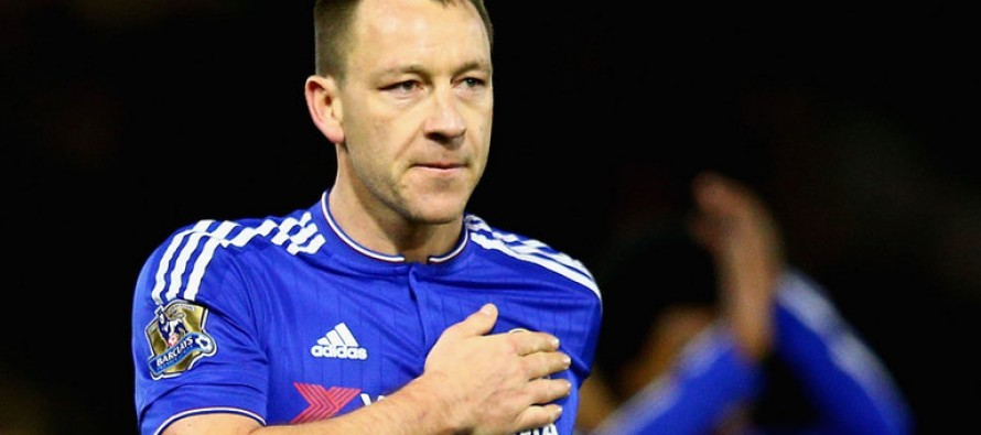 Chelsea's Hiddink backs Terry to continue at top level