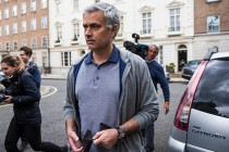 Man Utd hold day two of talks with Mourinho