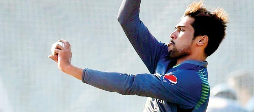 Amir can't put a foot wrong, warns Pakistan manager