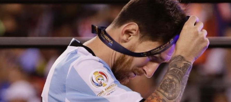 Argentina fans despair at 'Leo Mexit'