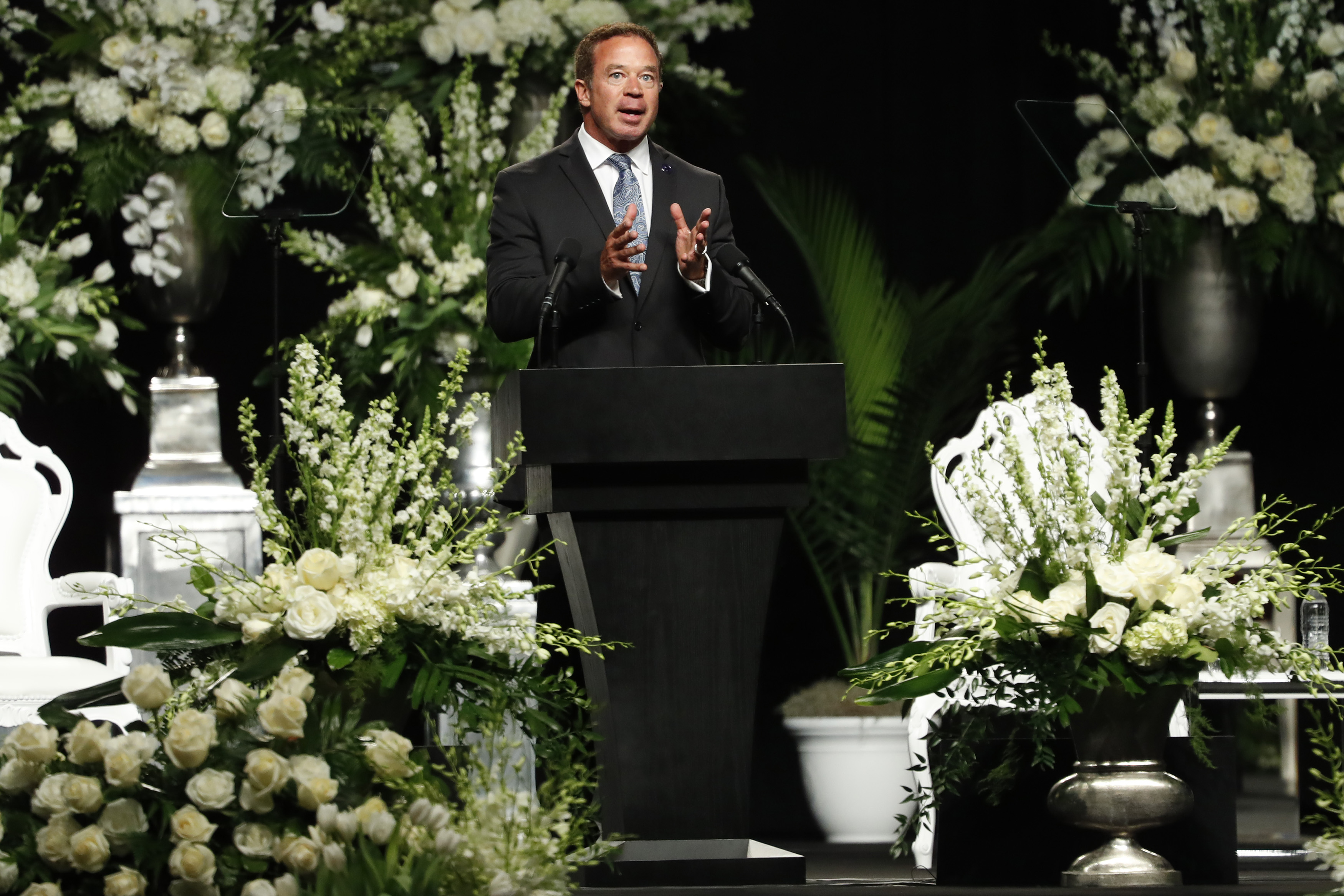LOUISVILLE, KY - JUNE 10: John Ramsey speaks during a memorial service for boxing legend Muhammad Ali on June 10, 2016 at the KFC Yum! Center in Louisville, Kentucky. Ali died June 3 of complications from Parkinson's disease.   Aaron P. Bernstein/Getty Images/AFP