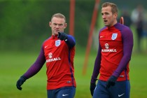 After Mourinho chat, Rooney embraces England duties