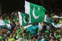English and Pakistani fans to clash in a T20 encounter