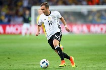It's a dog's life for Germany's Goetze