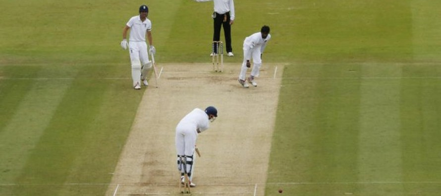 Flag protest fires up Sri Lanka in Lord's no-ball row