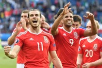 Bale sets tone for happy-go-lucky Wales