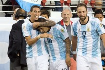 Tearful Di Maria inspires Argentina at Copa