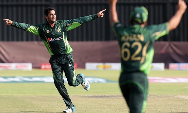 Pakistans-bowler-Imad-Was-009