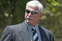 Hadlee says sun setting on test cricket is a good thing