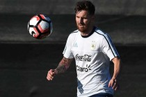Messi on bench for Argentina Copa opener