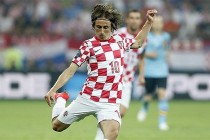 Modric stunner sees Croatia past Turkey