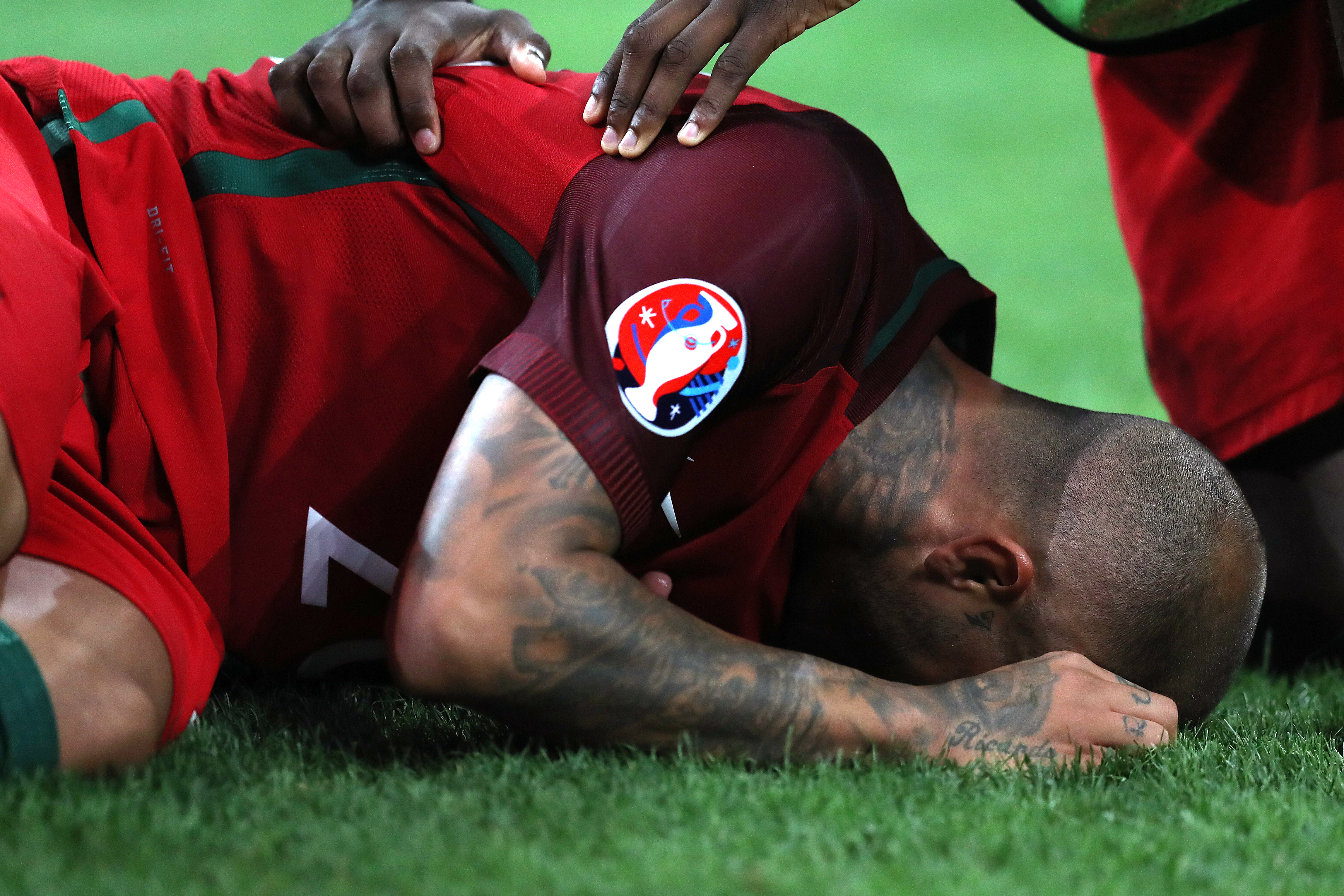 Portugal's forward Ricardo Quaresma celebrates after scoring the winning goal in a penalty shoot-out during the Euro 2016 quarter-final football match between Poland and Portugal at the Stade Velodrome in Marseille on June 30, 2016. / AFP PHOTO / Valery HACHE