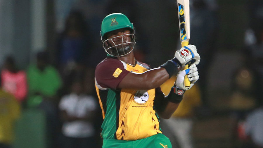 30 June 2016; Dwayne Smith of Guyana Amazon Warriors pulls for six during Match 2 of the Hero Caribbean Premier League between St Kitts & Nevis Patriots and Guyana Amazon Warriors at Warner Park in Basseterre, St Kitts. Photo by: Ashley Allen/Sportsfile