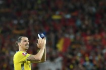 Ibrahimovic delighted to make United debut in front of fellow Swedes