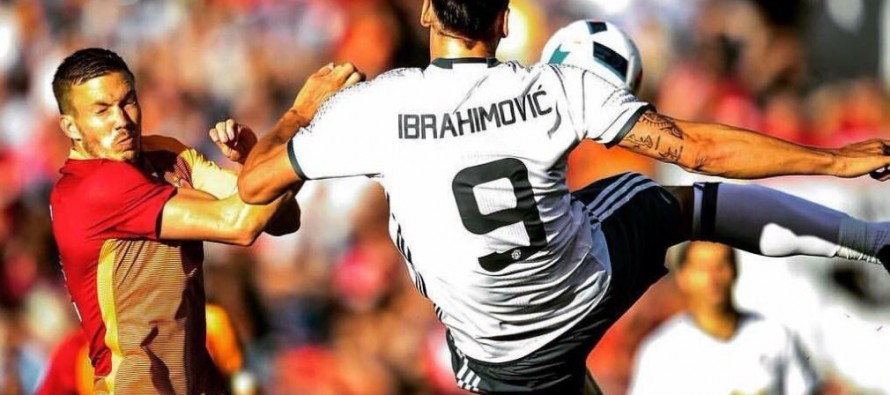 Ibrahimovic scores spectacular goal on Man United debut