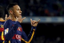 Neymar agrees new five-year Barcelona deal