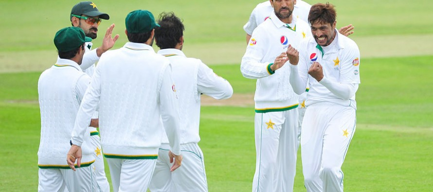 Trescothick issues Amir warning