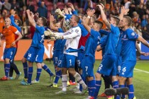 France wary of giant-killers Iceland in Euro quarter-final