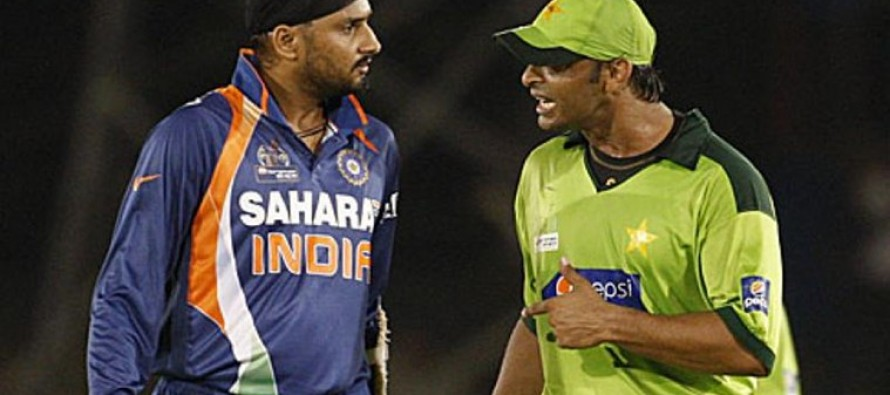 Bhajji shares Shoaib hit him and Yuvraj once
