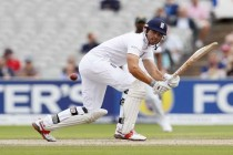 Pakistan set 565 to win 2nd Test against England