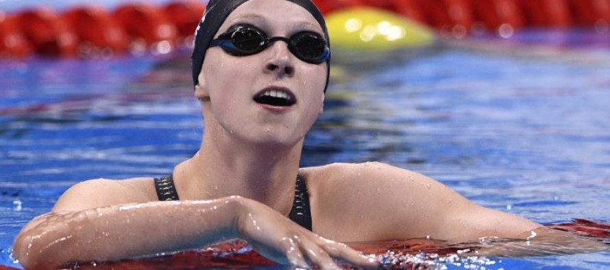 Ledecky wins 200m freestyle to clinch 2nd gold