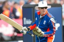 England face 'tough decisions' says Bayliss