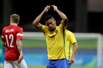 Brazil find scoring boots as Argentina exit