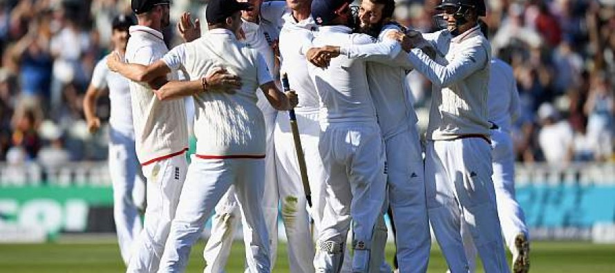 England unchanged for Pakistan finale