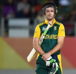 AB de Villiers contemplates another wicket during the ICC Cricket World Cup 2015 match between South Africa and Pakistan at Eden Park, Auckland. Saturday 7 March 2015. Copyright Photo: Andrew Cornaga / www.Photosport.co.nz