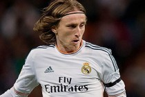 Modric extends Madrid deal to 2020