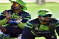 Umar Akmal and Shehzad downgraded, while Afridi and Ajmal overlooked in central contracts
