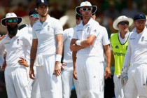 England want more from top-order in second Test