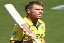 Australia pile up 371-run Kingsmead record