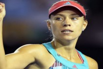 Top-ranked Kerber looks to end year on a high