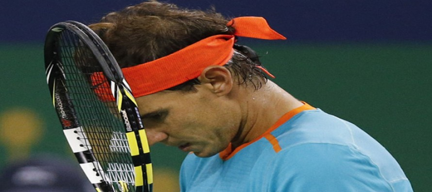 Nadal crashes, Murray wins in Beijing quarters