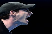 Majestic Murray sweeps into semi-finals of Tour Finals