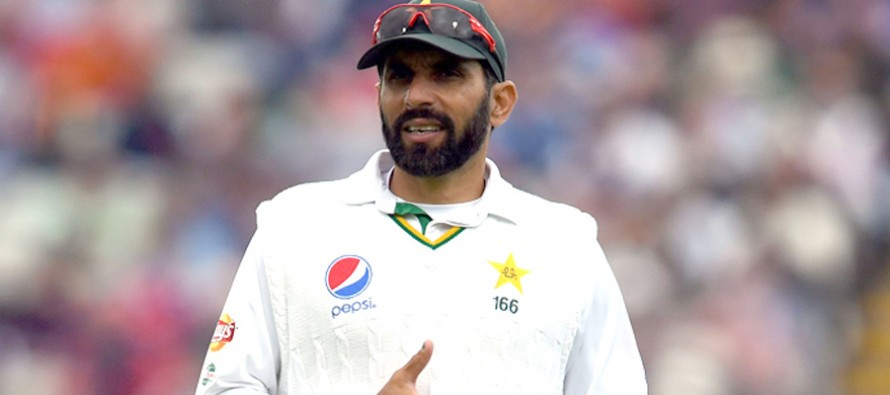 It is better to bring in a new captain at the right time: Misbah