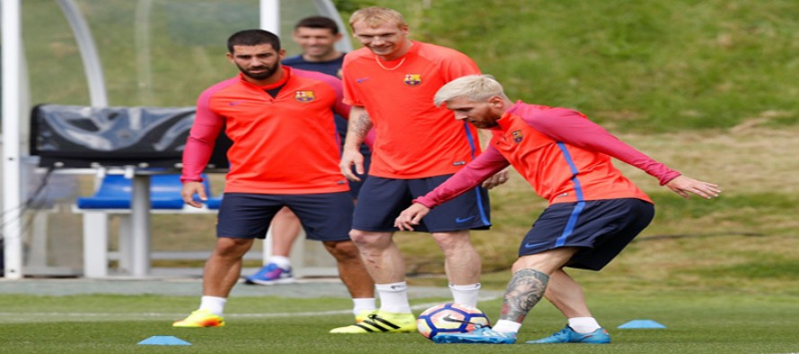 Dishevelled Barca set for another testing game with Sevilla