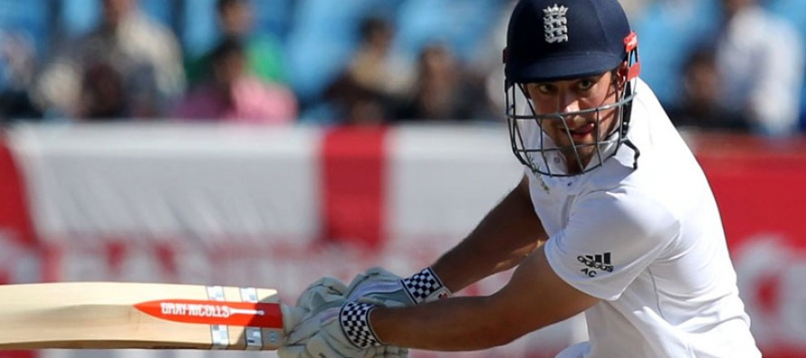 England 211-2 at lunch on final day of India Test
