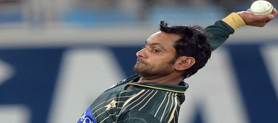 PCB requests ICC to fix a date for Hafeez's bowling test