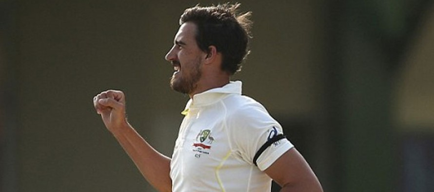 Four-star Starc leaves South Africa reeling
