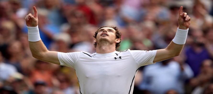 Murray rises to number one after Raonic injury