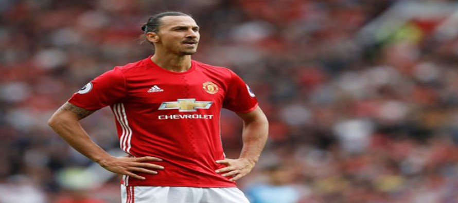 Ibrahimovic sorry for costly booking