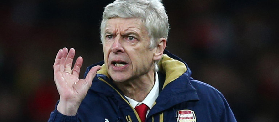 Wenger defends strategy as Arsenal crash