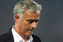 League title may be out of United's reach, says Mourinho