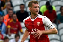 Mertesacker eyes new year return for Arsenal